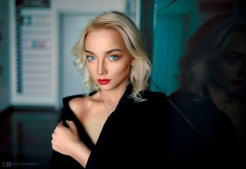 Модель, фотограф ***photo preview