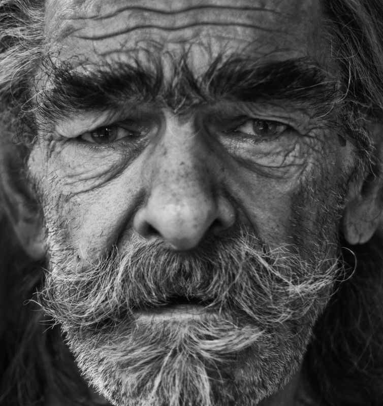 портрет, лицо, человек, мужчина, взгляд, глаза photo preview