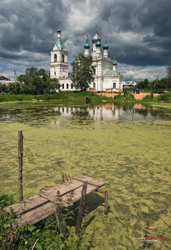 архитектура,храм,религия,церковь,пейзаж,лето,облака,россия, Храм у пруда.photo preview
