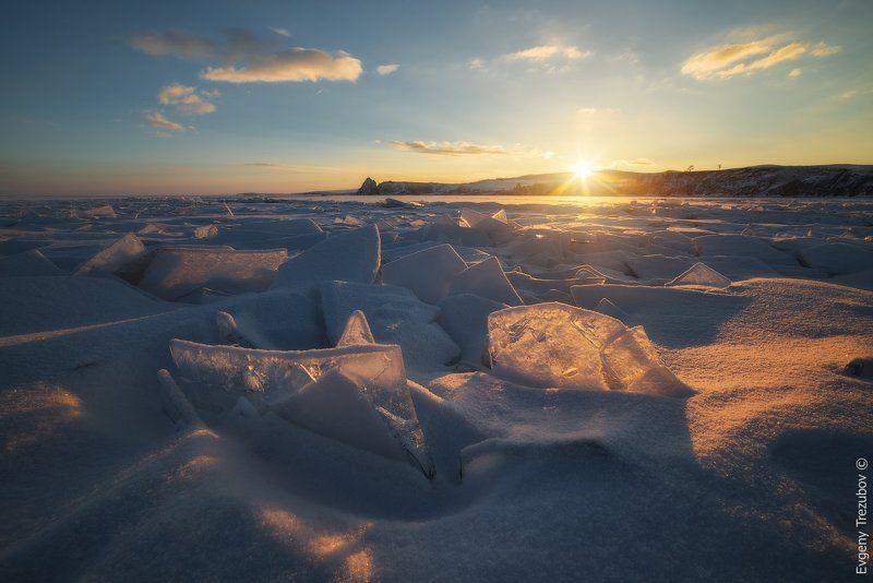 байкал, ольхон, зима, снег, лед, льдины, рассвет Рассвет у зимней Шаманкиphoto preview