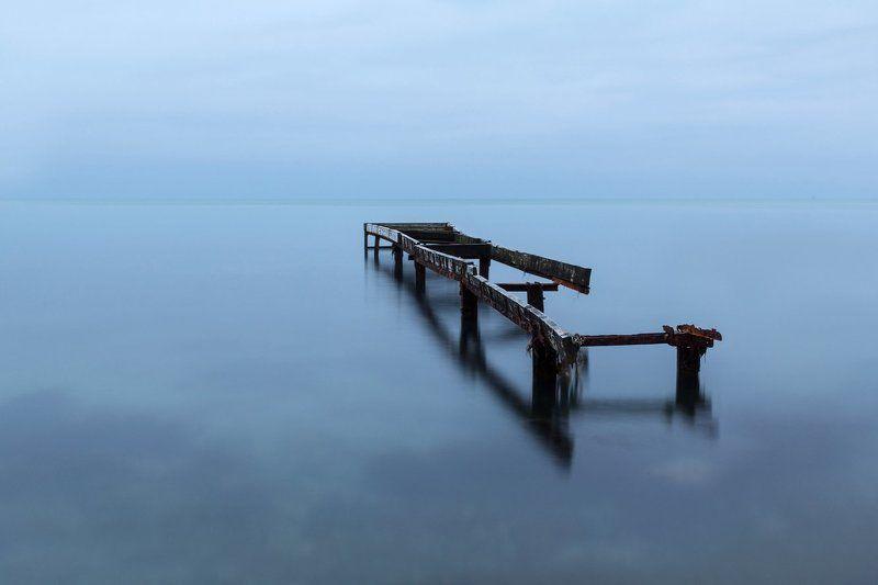 мост; причал; море; берег Заброшенный причалphoto preview