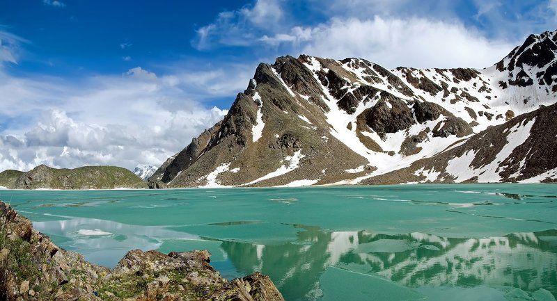 кавказ, приэльбрусье, сылтранкель, озеро, горы Берегphoto preview