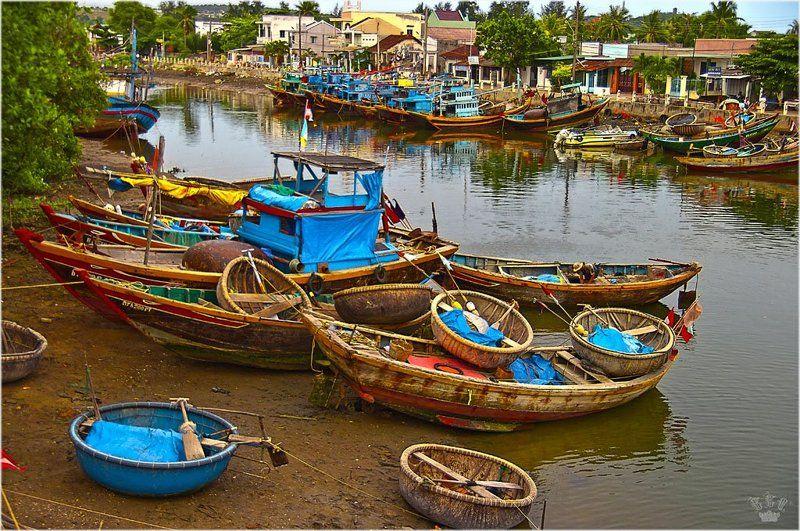 вьетнам, лодки, рыбаки рыбакиphoto preview