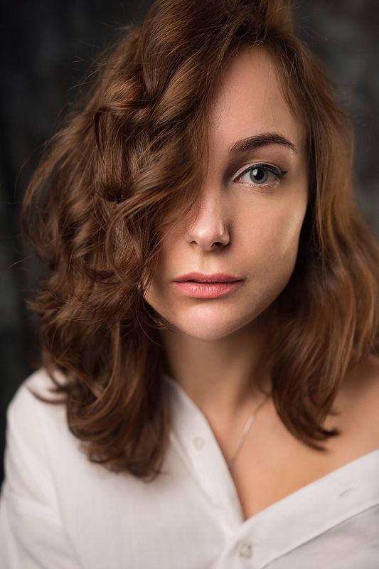 девушка студия портрет Полинаphoto preview