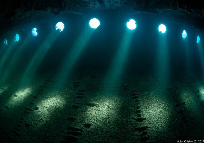 underwater, wreck, umbria Umbria.Внутренние пространства 2photo preview