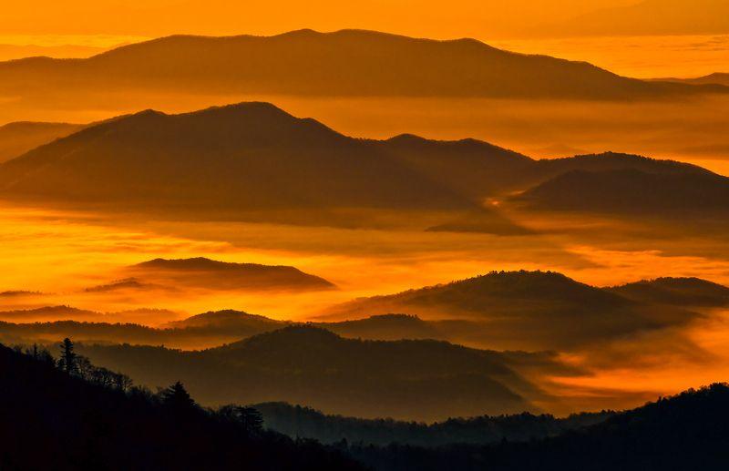 Свет, рассвет, горы, Приморье, Приморский край Немного о свете...photo preview
