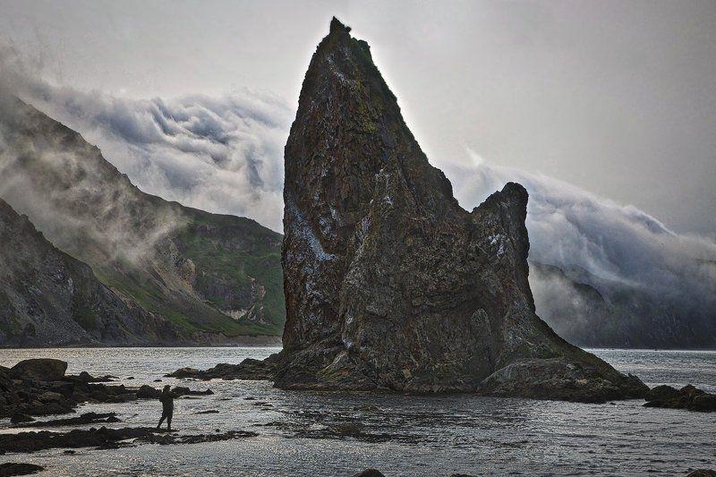 Есть на свете остров Медный...photo preview