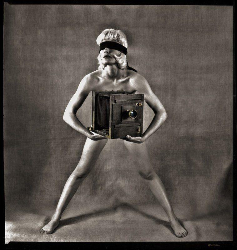 модель. фотоаппарат, студия Опыты с оптикой..photo preview