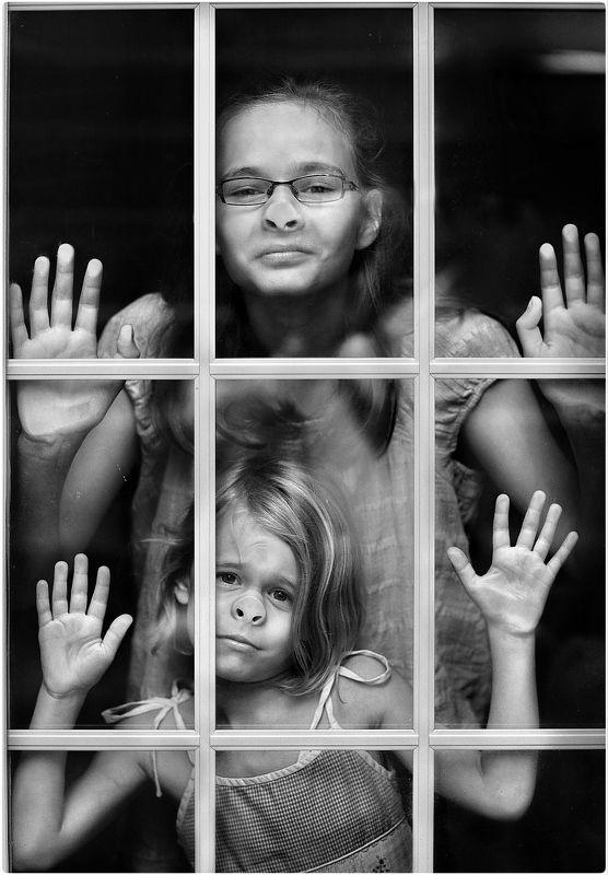 Детский портрет, жанровый портрет, чб Мы провожаем папу…photo preview