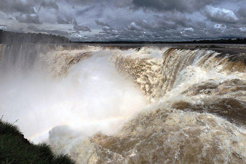 водопад, вода Garganta del Diablophoto preview