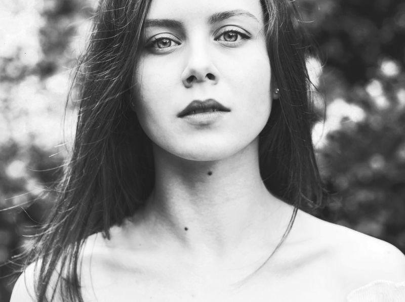 Портрет девушка  photo preview