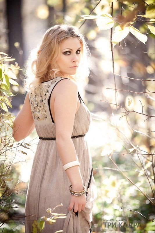 пленэр, лес, девушка, свет, портрет Леснаяphoto preview