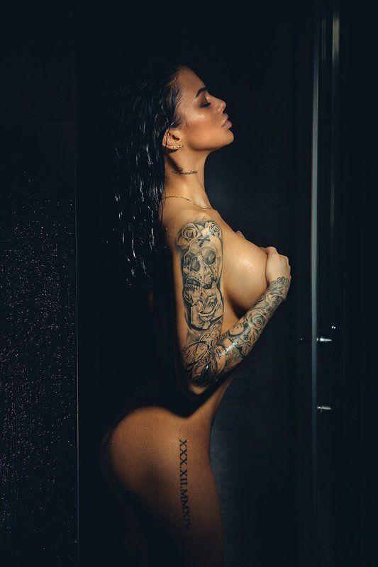 shower, wet, light, Mikaelaphoto preview