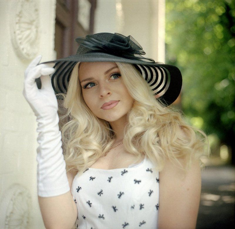 девушка, шляпка, гламур, лето, портрет, пленка Ретро стильphoto preview