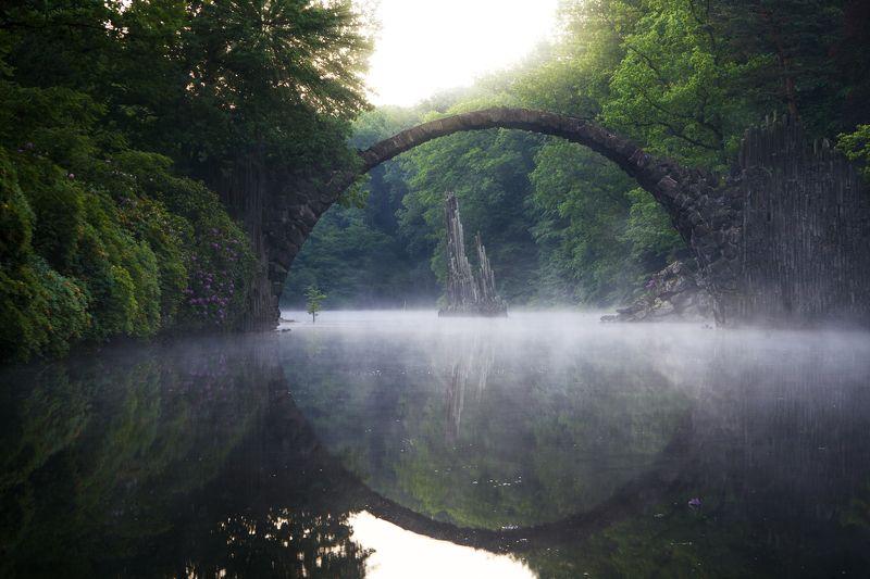 мост весна озеро Rakotzbruckephoto preview