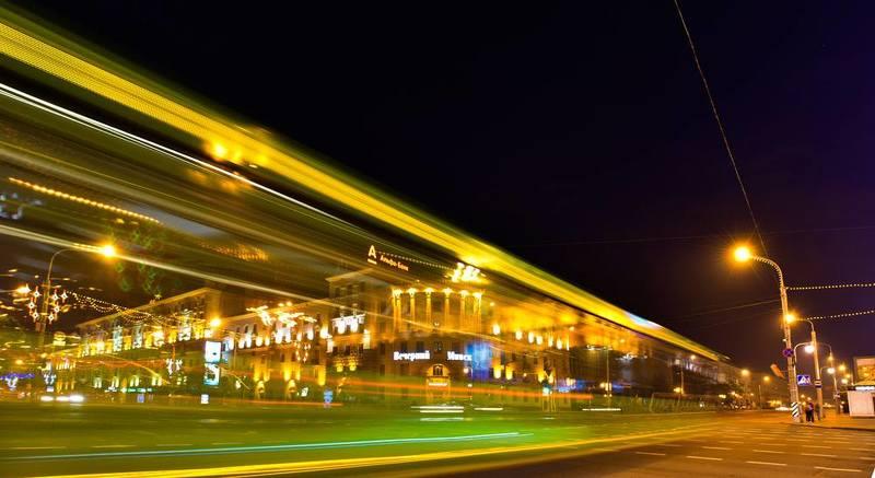 ночь, улица, фонарь, автобус, =) Минскphoto preview