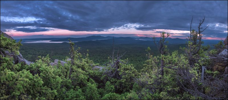 Хребет Зюраткуль, вид с голой сопкиphoto preview