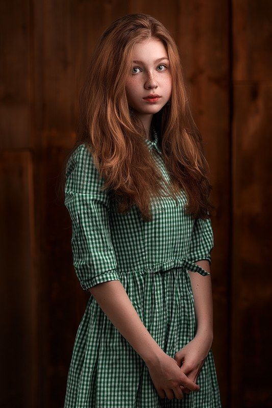 young, beauty, girl, red, color, hair, green, dress, art, shy, model, eyes, emotions, portrait, light Sashaphoto preview