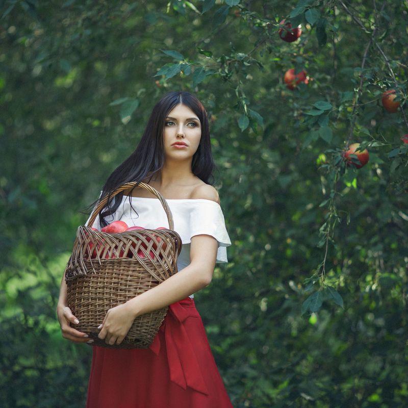 Испанская девушка Франсискаphoto preview