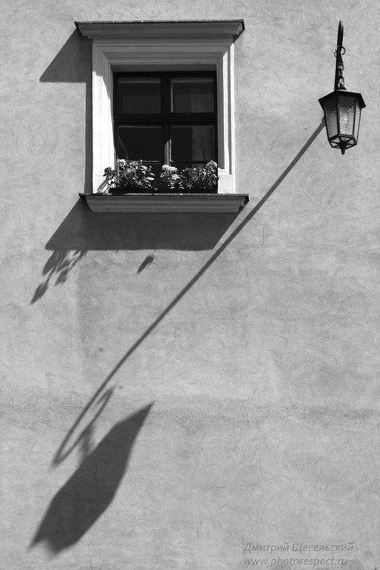 польша, краков, вавель, замок, фонарь, окно, тень, дробь Краковские дробиphoto preview