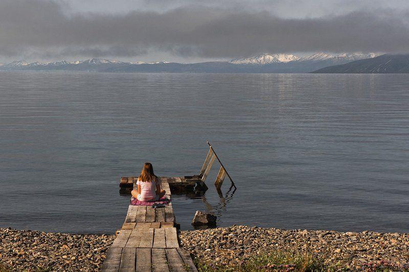 Утро подростка. Туманные перспективыphoto preview
