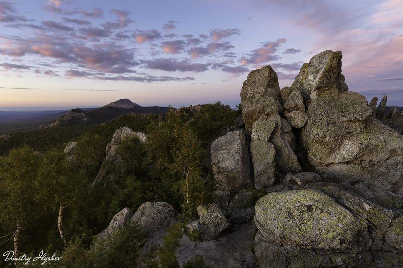 таганай, пейзаж, облака, скалы, закат, природа, лето, фототур, южный урал, природа урала, национальный парк, урал Вечер на Двуглавойphoto preview