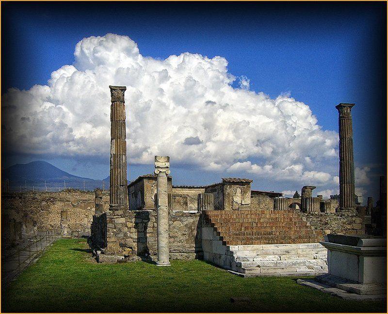 храм, аполлона, в, помпеях, везувий Палач и жертваphoto preview