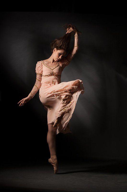студийная, балерина, арт-портрет, художественная, графическая, постановочная, философская, концептуальная, art work, fine art, davydov, studio, portrait, ballet, romantic, glamour, beauty, поэзия, лирика, танец Танец...photo preview