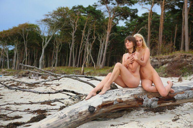 beach, sea, summer, girls, nude Zweisamkeitphoto preview
