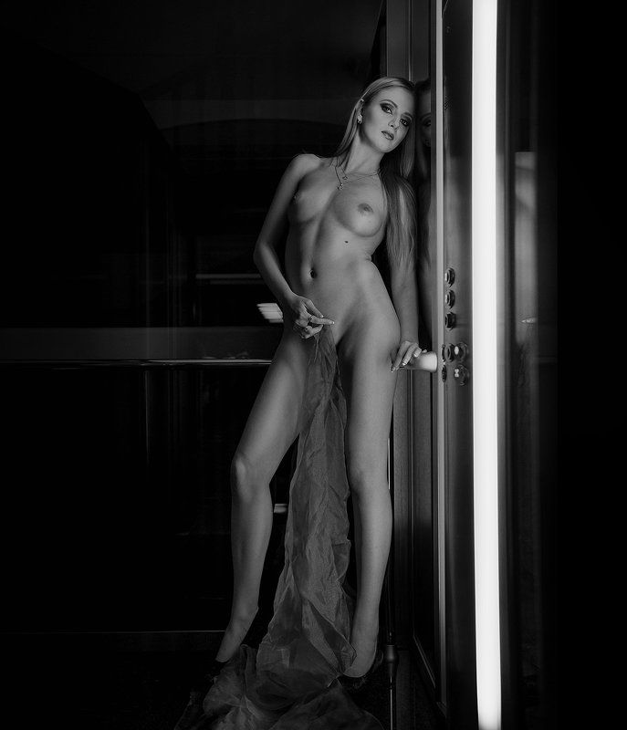 Лифт наверхphoto preview