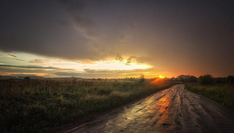 закат, лето, река, небо, облака, отражение, солнце Дорога в дождь, я всё равно иду...photo preview