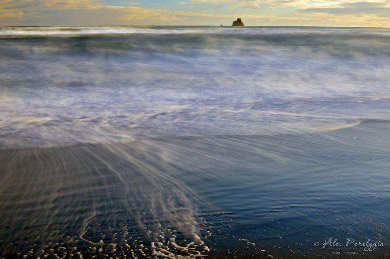 камчатка, океан На берегу Тихого океанаphoto preview
