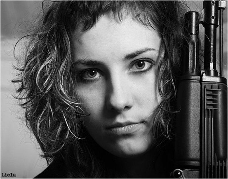 nevesta_solnca, женя, портрет, ружье ....ты подумай!photo preview