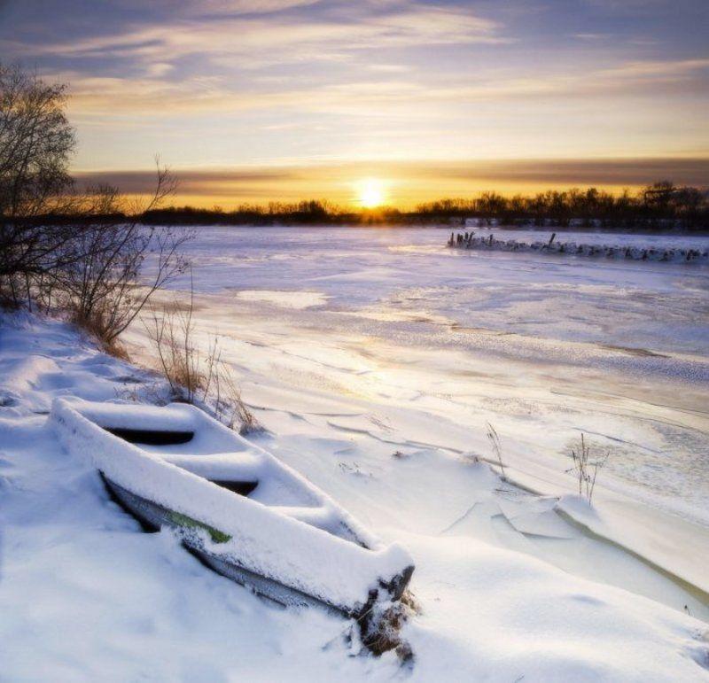 уйма, панорама, утро, мороз, лодка, река, лед, солнце Утроphoto preview