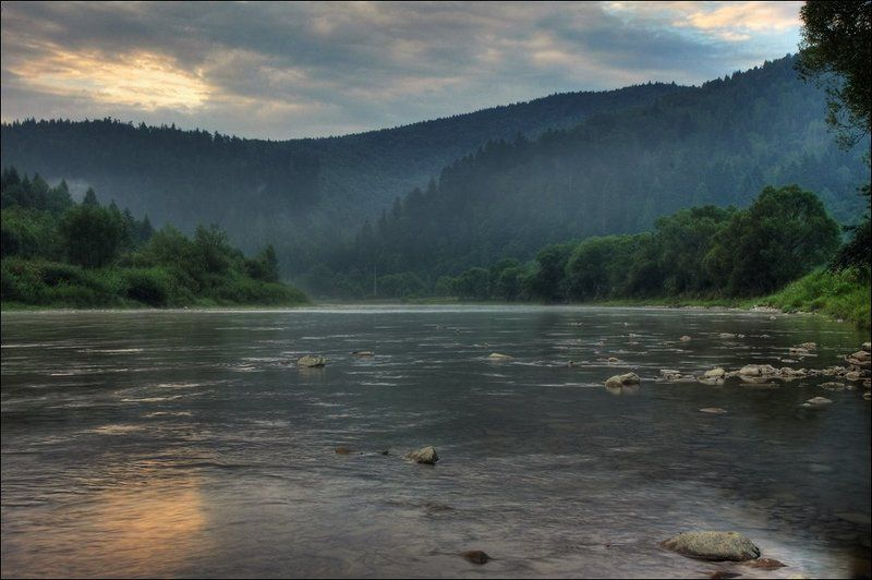 река, горы, карпаты, рассвет Світанок над річкою.photo preview