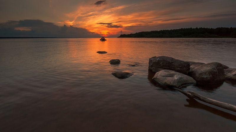 рыбалка, лето,  закат, лодка, рыбинск, море, водохранилище Вечерняя зорькаphoto preview