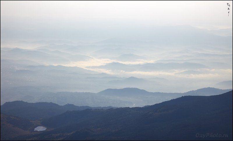 африка, africa, руанда, rwanda, вирунга, virunga, вулкан, карисимби, karisimbi, горы Всё еще в утренней дымке, подсвеченной уже поднявшимся солнцем.photo preview