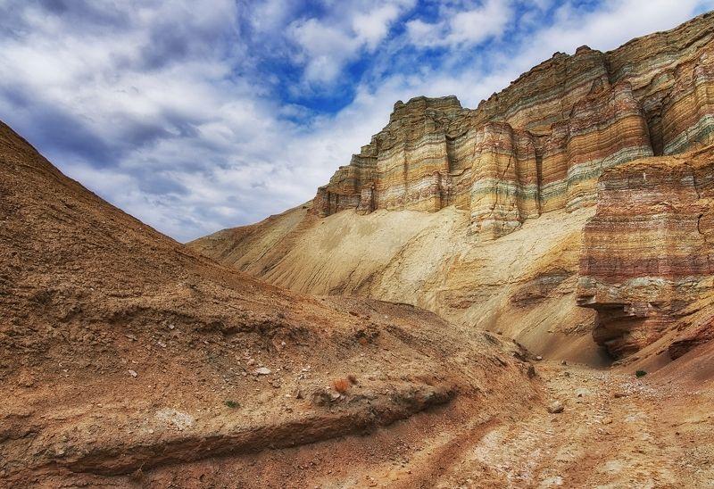 казахстан, алтын-эмель, актау цветные горыphoto preview