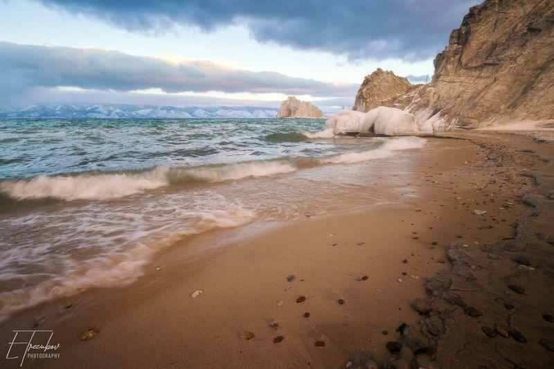байкал, шторм, рассвет, ольхон, хужир, иркутск, шаманка, бурхан, волны Байкал сопротивляется зиме!photo preview