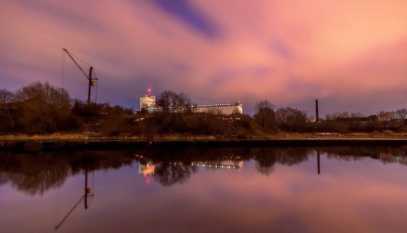 элеватор, ночь, небо, осень, река, кран Ночное небо над элеваторомphoto preview
