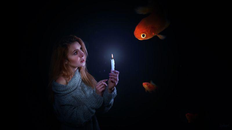 вода рыбы свет девушка свеча Заблудившийся во снеphoto preview