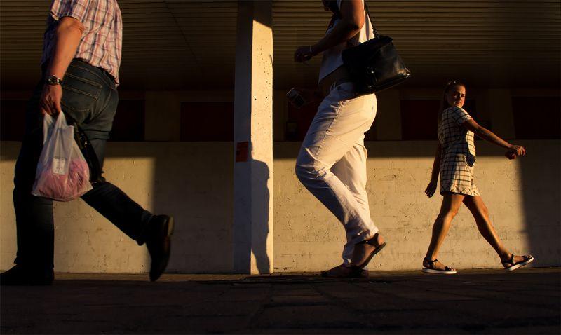 стрит-фото В городе Гулливеровphoto preview