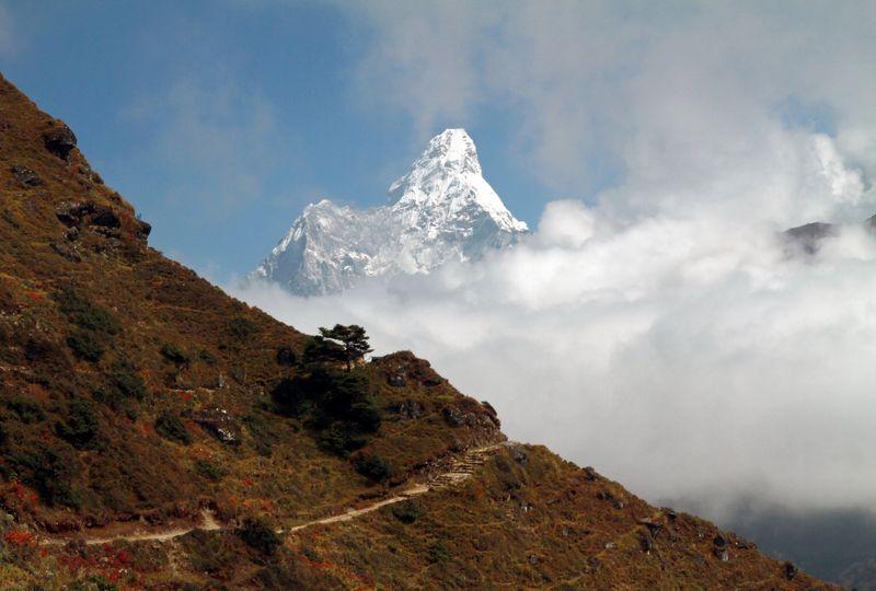 Непал, Гималаи, Ама Даблам. Ама Даблам, Гималаиphoto preview