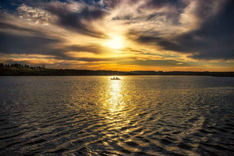 закат, осень, река, небо, облака, отражение, солнце Прощание с летней рыбалкой 2017...photo preview