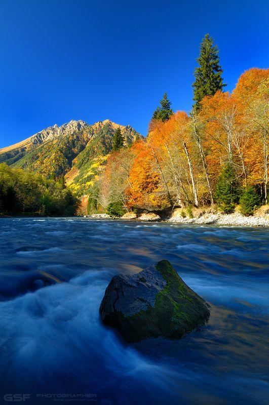природа пейзаж осень река лес горы камень Про пейзаж и новые фломастерыphoto preview