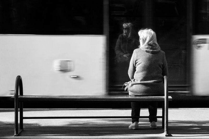 уличное, чб, черно-белое, стрит, стрит-фотография Ожиданиеphoto preview