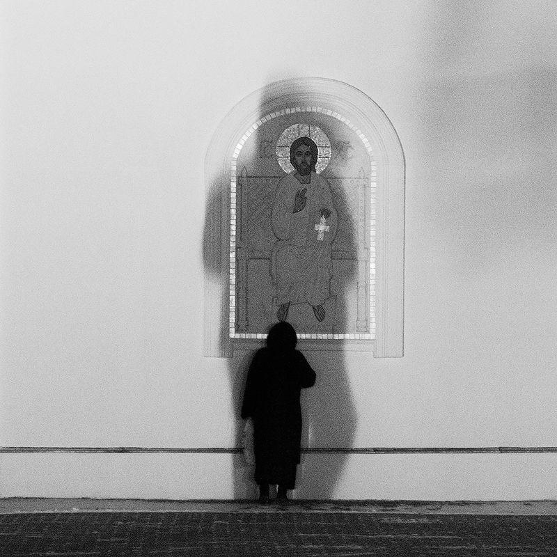 стрит, стрит фото, церковь, православие, street, стрит фотография, религия, чб, чб фото, черно-белое, подольск Единениеphoto preview