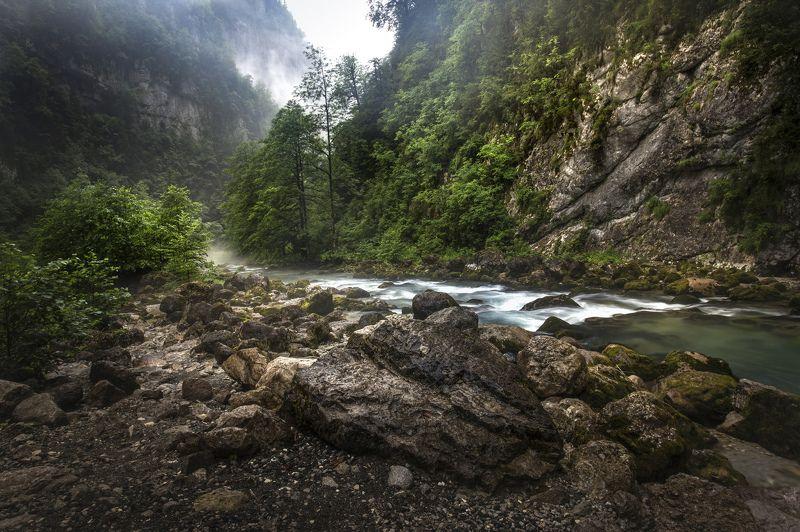 горы, река, поток, туман, облака, После летнего ливняphoto preview