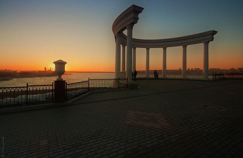 город, пейзаж, весна, вечер, закат Хороший день ласкает уходя...photo preview