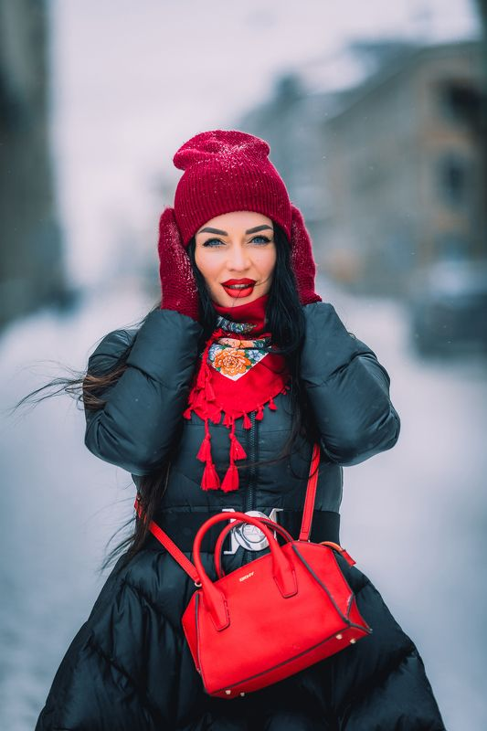 #portrait, #girl, #girls, #snow, #winter, #city, #портрет, #девушка, #город, #зима, #снег Девушкаphoto preview